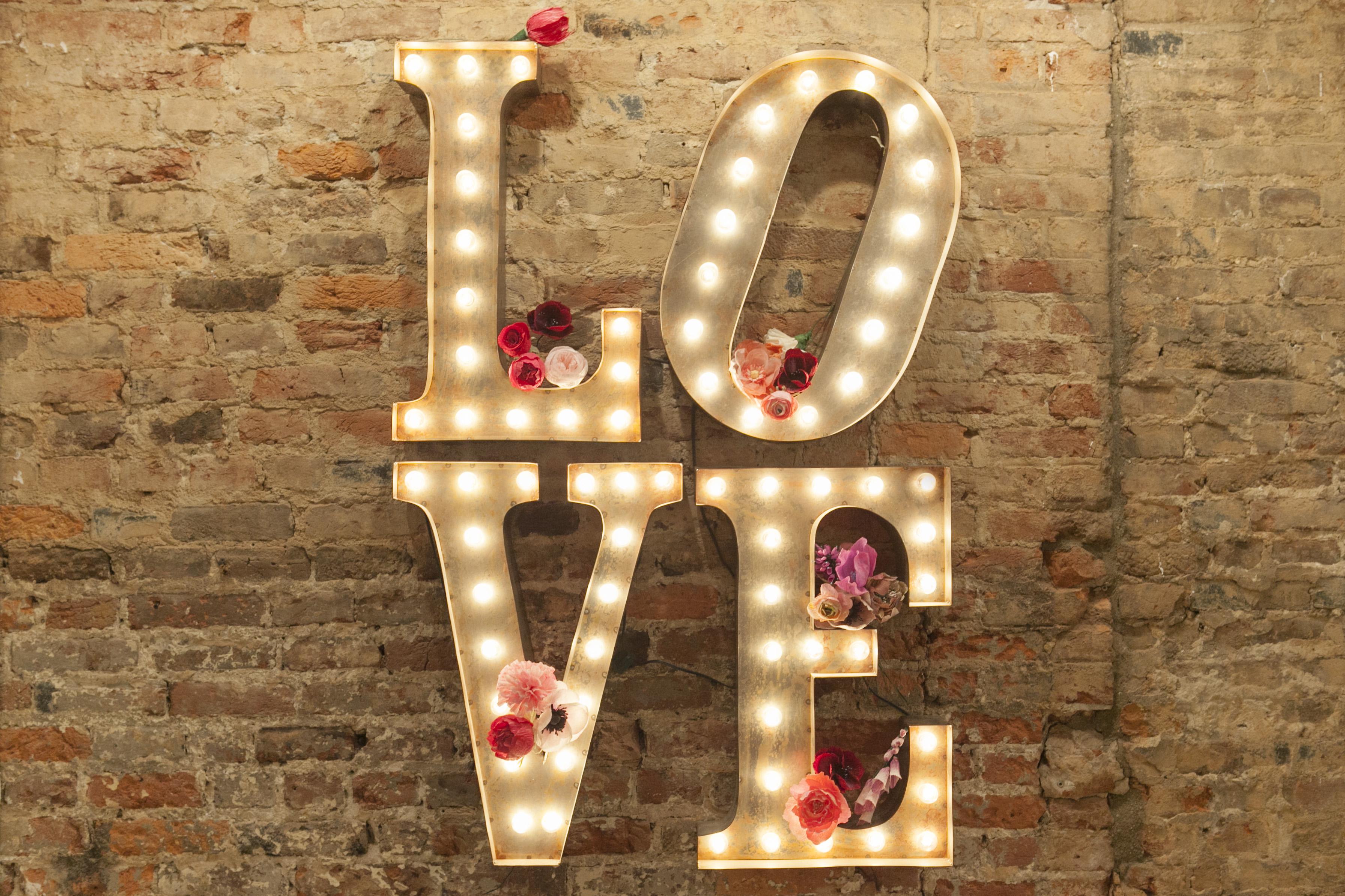 Philadelphia love letter rentals